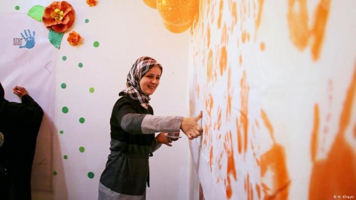 Huda Khayti und ihr Team im Frauenzentrum Idlib; Foto: H. Khayti