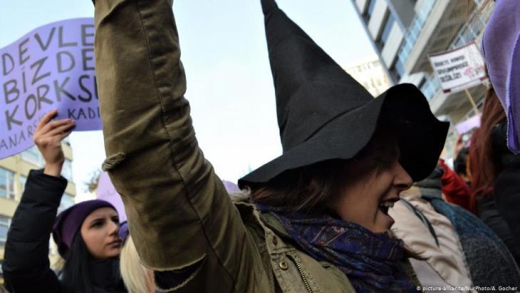 Demo gegen häusliche Gewalt in Ankara, Türkei; Foto: picture-alliance/Nur Photo/A.Gocher