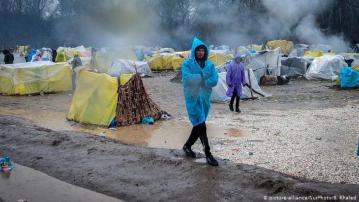 Flüchtling im Parzakule-Flüchtlingscamp an der türkisch-griechischen Grenze; Foto: picture-alliance/NurPhoto/B. Khaled