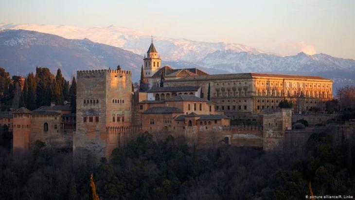 Denkmal eines toleranten Islam: Alhambra in Granada; Andalusien; Spanien  (Foto: picture alliance/R. Linke)