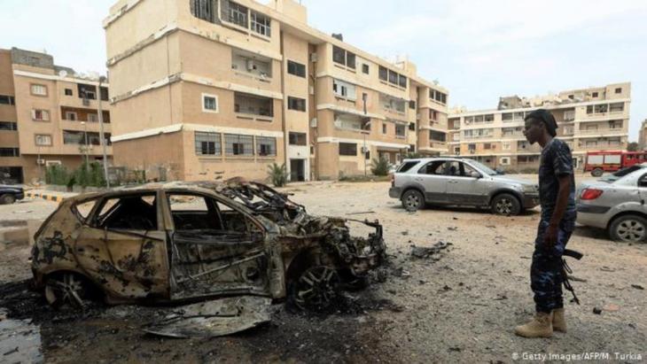 Spuren des Bürgerkriegs in der libyschen Hauptstadt Tripolis (Getty Images/AFP/M. Turkia)