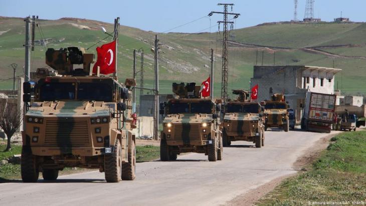 Türkischer Militärkonvoi in der Nähe von Idlib, Syrien; Foto: picture-alliance/AA/I. Khatib
