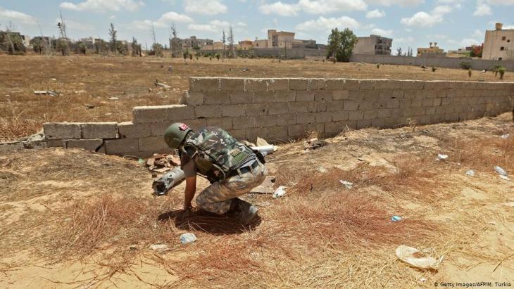 Türkischer Soldat im Salah al-Din-District südlich von Tripoli; Foto: Getty Images/AFP/M. Turkia