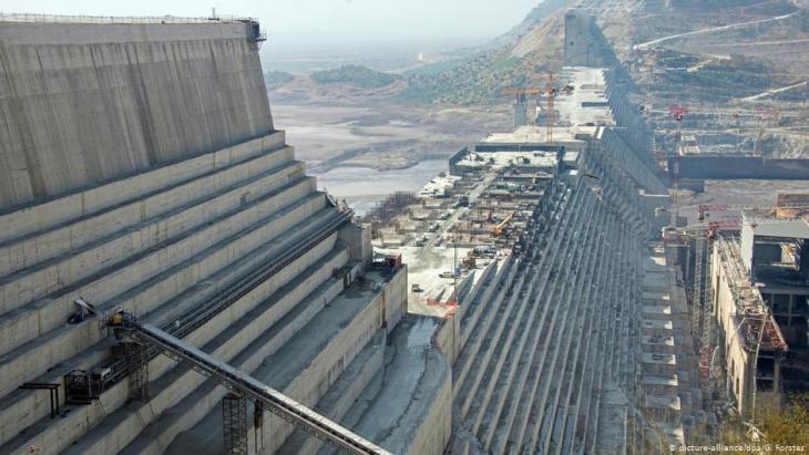 Äthiopien | Nil-Staudamm Grand Ethiopian Renaissance Dam; Foto: picture-alliance/dpa/G.Forster