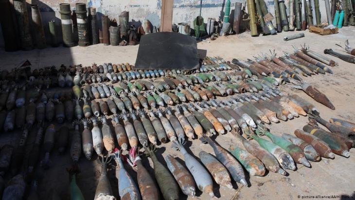 Granaten und Munition in Libyen; Foto: picture-alliance/AA./H.Turkia