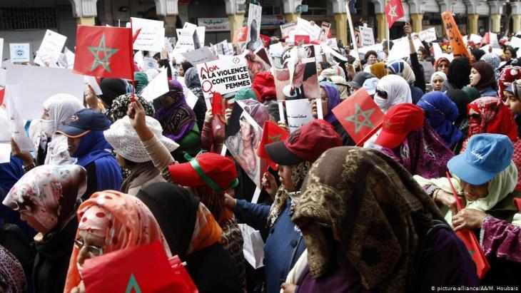 Marokkos Frauen demonstrieren gegen Gewalt gegen Frauen am Internationalen Frauentag 2018; Foto: picture-alliance/AA/M. Houbais