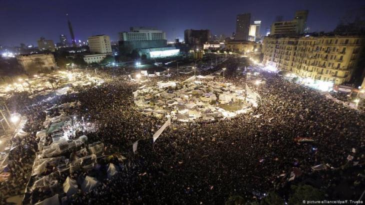 Proteste auf dem Tahrir-Platz in Kairo 2011. (Foto: Picture / alliance/ dpa/F.Trueba)