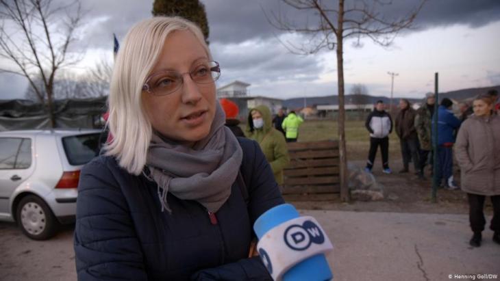 """Möchte lieber anonym bleiben: """"Wir sind keine Rassisten"""", sagt diese Bosnierin. Foto: Marina Strauss/DW"""