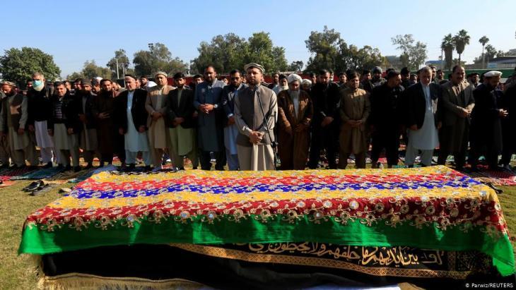 Afghanistan: Beerdigung der Journalistin Malalai Maiwand. Foto: Parwiz/ Reuters