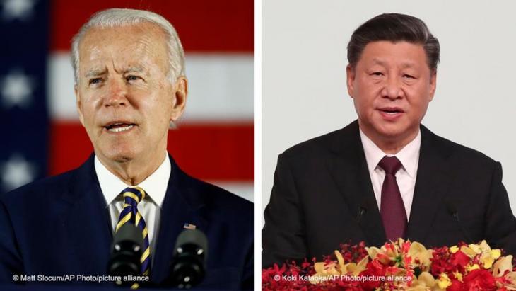US-Präsident Joe Biden (links) and der chinesische Präsident Xi Jinping; Fotos: Matt Slocum/AP Photo/picture-alliance and Koki Kataoka/AP Photo/picture-alliance