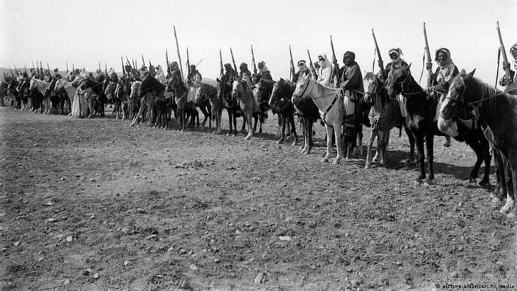 -Truppen des soeben gegründeten Jordanien im Jahr 1921 (Foto: picture-alliance/CPA Media)
