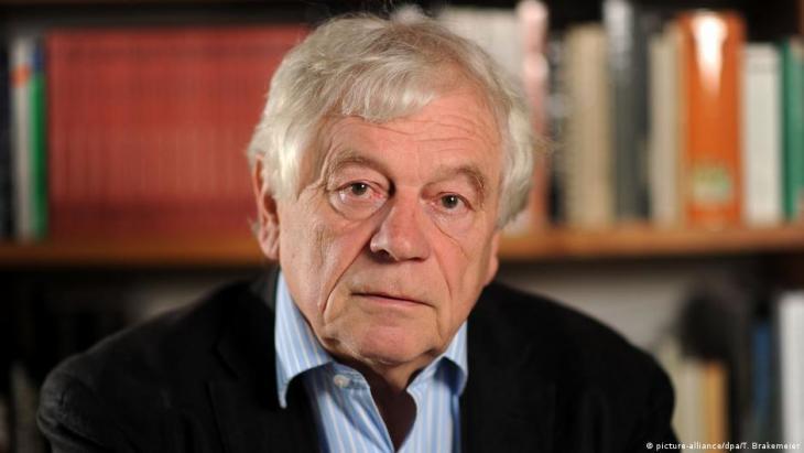 Unterzeichnete die Jersulamer Erklärung zur Neudefinierung von Antisemitismus: der deutsche Holocaustforscher Wolfgang Benz; Foto: picture-alliance/dpa/T. Brakemeier)