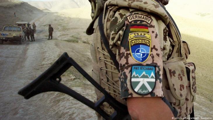 Deutschland, ISAF, NATO, Einsatzort Faisabad - Bundeswehrsoldat vor Ort (Archivbild); Foto: picture-alliance/dpa/M. Gambarini