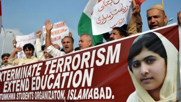 Solidaritätsdemonstration für Malala Yousufzai; Foto: Aamir Qureshi/AFP/Getty Images
