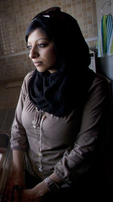 Die Menschenrechtsaktivistin und Bloggerin Zainab Al-Khawaja aus Bahrain; Foto: Connor McCabe/Bahraini Activist/INeverCry/Wikipedia