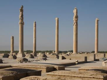 Persepolis war die Hauptstadt des antiken Perserreichs unter den Achämeniden; Foto: picture-alliance/dpa/Boris Roessler