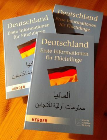 """Flüchtlings-Ratgeber """"Deutschland - Erste Informationen für Flüchtlinge"""" des Herder-Verlags und der der Konrad-Adenauer-Stiftung"""