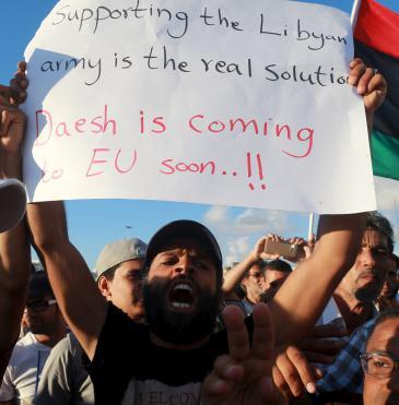 Anti-IS Demo in Libyen; Foto: Reuters