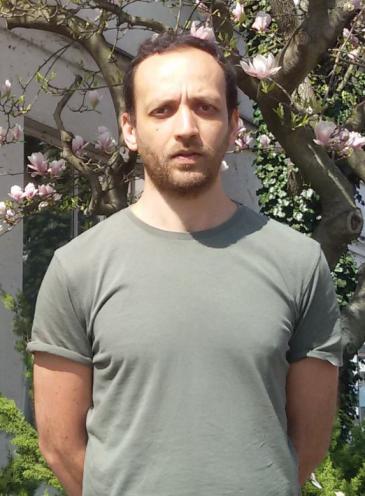 Der syrische Menschenrechtsaktivist und der Gründer des ProjektsHadi Al Kathib; Foto: David Siebert