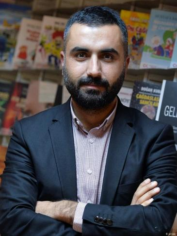 Der Journalist Alican Uludağ; Quelle: privat
