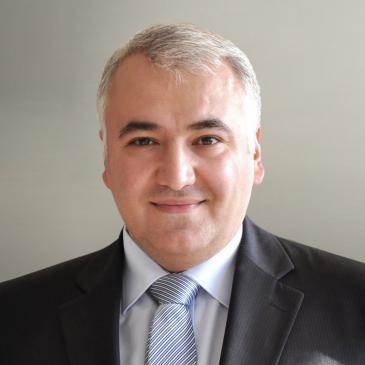 Der deutsch-armenische Anwalt Ilias Uyar. Foto: DW