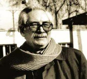 "Ahmad Mahmoud, Autor von ""Die verbrannte Erde""; Foto: Omidsbz; Quelle: wikimedia.org. GNU Documentation License, Attribution-ShareAlike 3.0 Unported (CC BY-SA 3.0)"