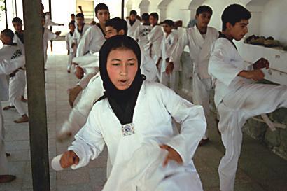 Karatekurs für Mädchen