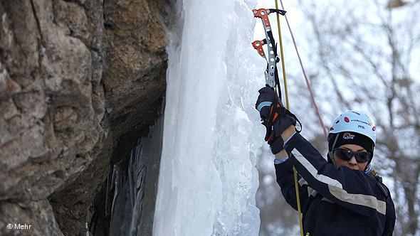 Bergsteigerin; Foto: DW/Mehr
