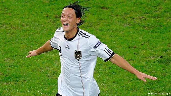 Der Nationalspieler Mesut Özil