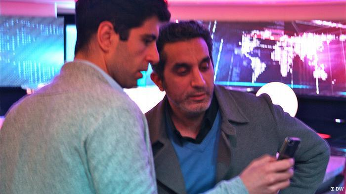 Bassem Youssefs Sendung via Mobiltelefon; Foto: DW
