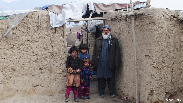 Afghanische Familie; Foto: DW/H. Sirat