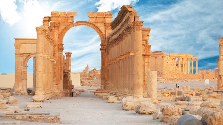 Weltkulturerbe Syrien: Oase Palmyra; Foto: Fotolia/waj