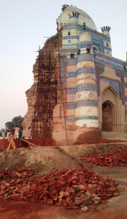 Schrein von Bibi Jawindi, Bahawalpur, Uch Sharif, Punjab, Pakistan. Foto: Julis Koch