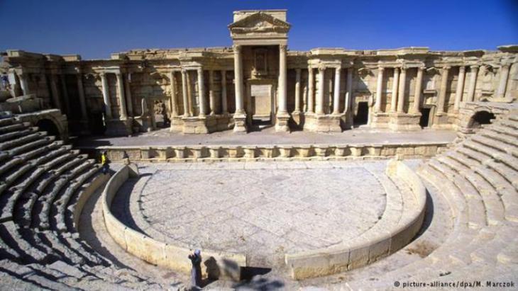 Amphitheater in der Ruinenstadt Palmyra; Foto: picture-alliance/ dpa/ M. Marczok