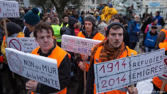 Französische Unterstützer der Flüchtlinge. Foto: Reuters/ P. Wojazer