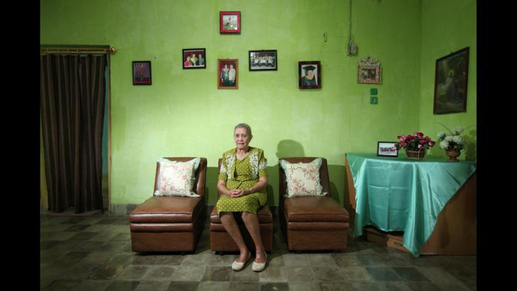 Porträts von Frauen für die Ausstellung The Act of Living; Foto: Anne-Cecile Esteve
