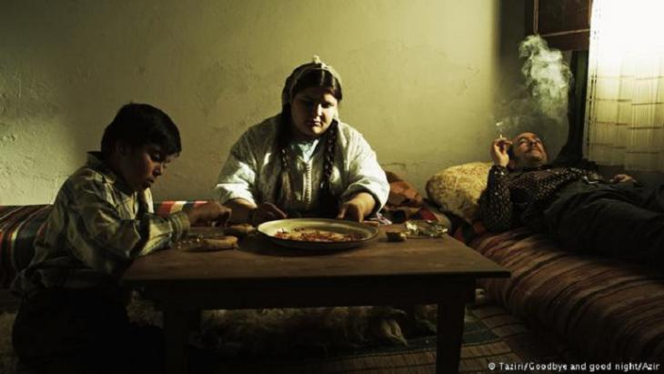 "Filmszene ""Adios Carmen""; Foto: Taziri/Goodbye and goodnight/Azir"