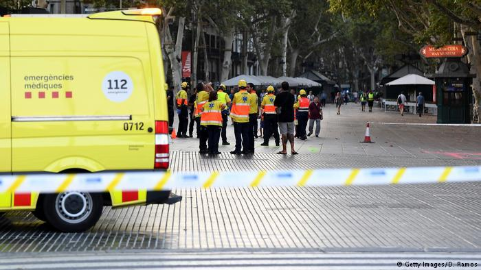 Polizisten am Tatort in Barcelona. Foto: Getty Images