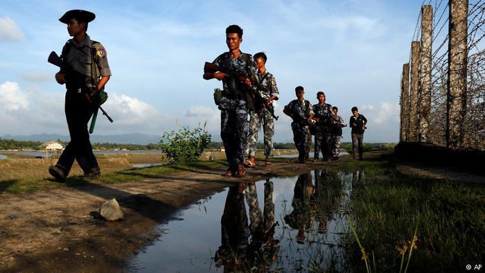Myanmars Armee an der Grenze zu Bangladesch; Foto: AP
