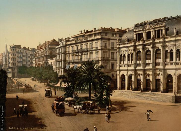 Der Place de la Republiqe in Algiers, Algerien, 1899; Foto: Raseef22