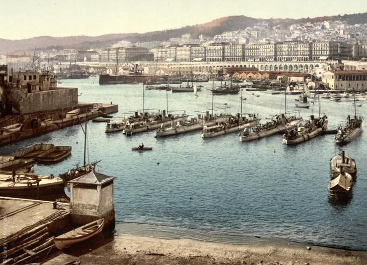 Der Hafen von Algiers, Algerien, 1899; Foto: Raseef22