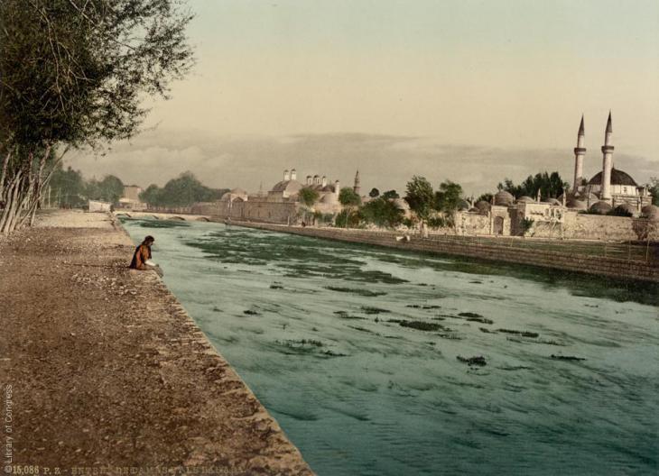 Der Barada-Fluss, Damaskus, Syrien, 1890-1900; Foto: Raseef22