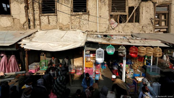 Afghanische Männer auf dem Vogelmarkt Ka Faroshi in Kabul, Afghanistan. Foto: REUTERS/Mohammad Ismail