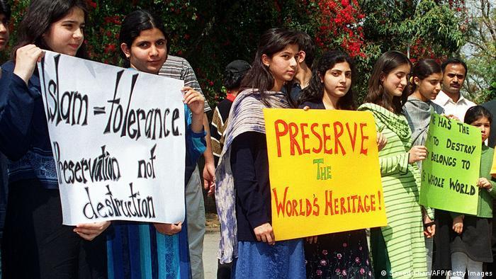 Proteste gegen die Zerstörung im Vorfeld der Sprengung