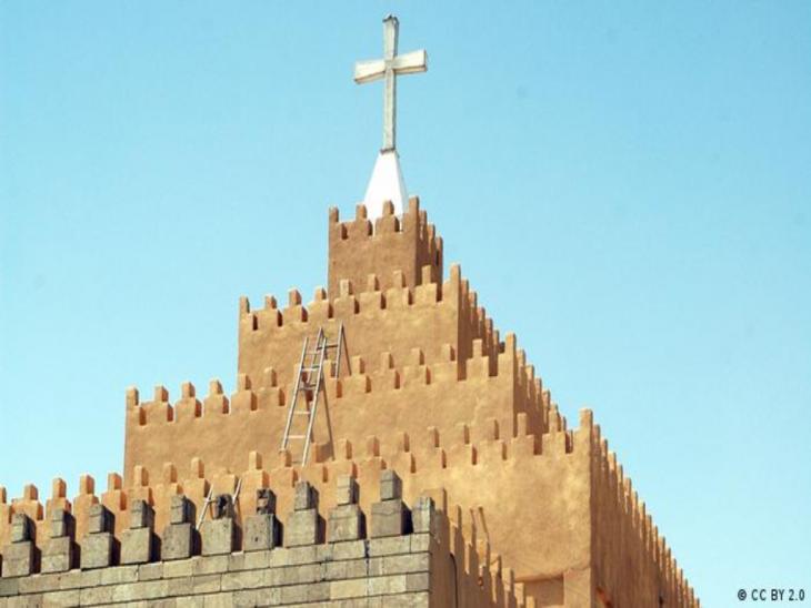 Außenaufnahme der chaldäisch-katholischen Kathedrale in Ankawa; Foto: CC BY 2.0