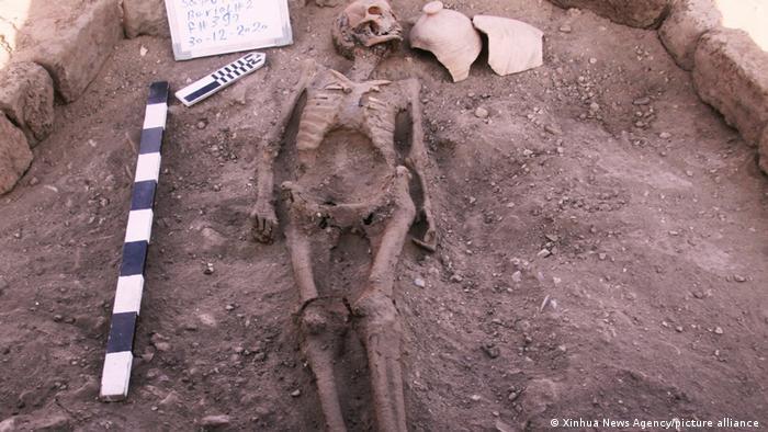 Menschliches Skelett in der verlorenen Stadt gefunden
