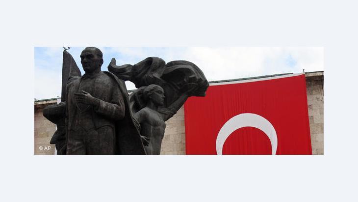 Statue Mustafa Kemal Atatürks in Ankara; Foto: AP