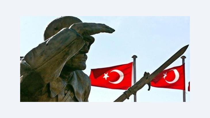 Statue Atatürks in Ankara; Foto:picture-alliance/dpa