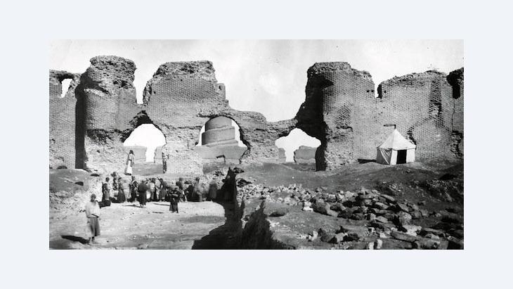 Fotografie der Ausgrabungen (1911-1913) von Ernst Herzfeld; © Museum für Islamische Kunst, Staatliche Museen zu Berlin