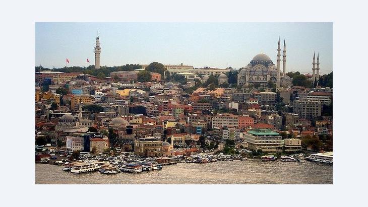 Beyazıtturm, Süleymaniye-Moschee, Manjeet Bawa; Foto: wikipedia